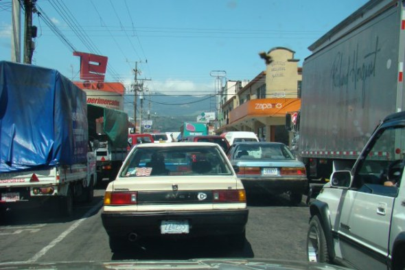 typical traffic in Alajuela